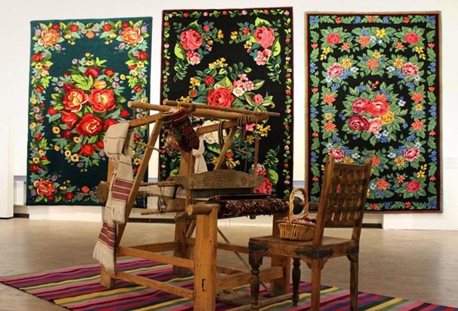 ткачество тюменских ковров картинки одет зимнюю